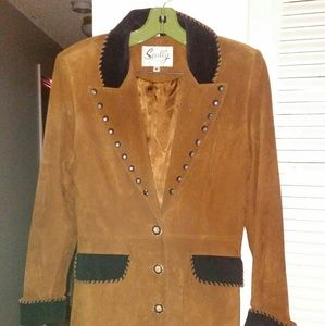 Scully size 8 suede western coat. Great details.